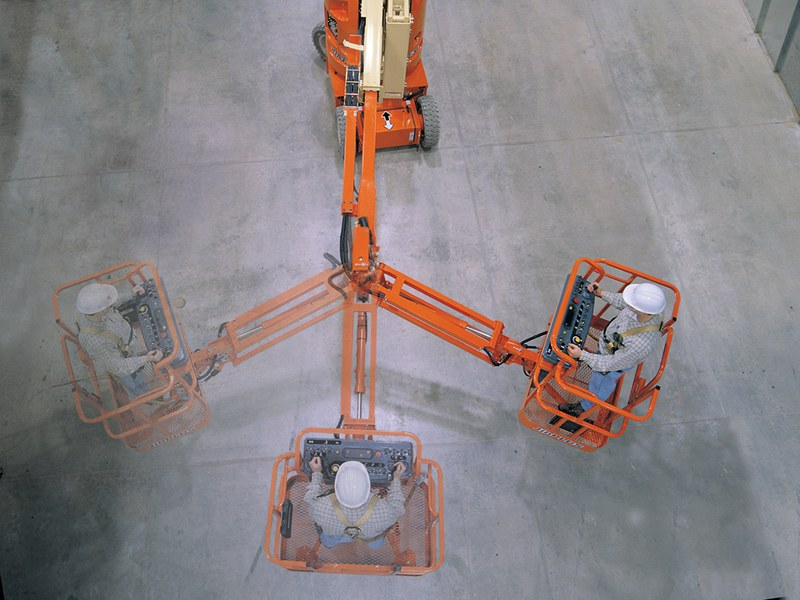 JLG-E300AJP-jib-rotation